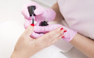 Jak aksamit – manicure namedal!